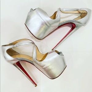 CHRISTIAN LOUBOUTIN Silver Platform Heels Sz 37